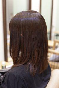 髪質改善ストレート(縮毛矯正)エステ+カラーの施術後の状態