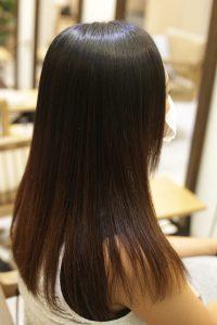髪質改善ストレートエステ(縮毛矯正トリートメント)をかけた後_金町の美容院オーファ