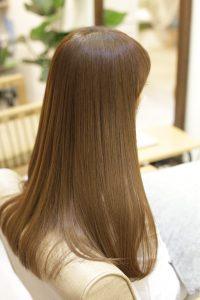 髪質改善トリートメントエステをした髪ー金町の美容院オーファ