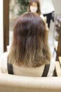 ブリーチしている髪に髪質改善ストレートエステ(高難易度縮毛矯正)をする前の状態|金町の髪質改善専門店オーファ