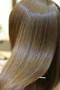 髪質改善ストレート(縮毛矯正)&カラーエステ+カットを施術した後の状態