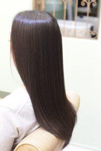 髪質改善トリートメントエステを施術した後の状態ー髪質改善専門店オーファ