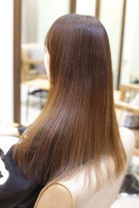 髪質改善縮毛矯正を施術した後の状態|亀有・松戸・綾瀬・金町の髪質改善専門店オーファ