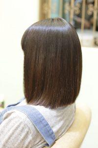 髪質改善ストレート(縮毛矯正)&カラーエステをした後の状態。ボブ|亀有・松戸・綾瀬・金町の髪質改善専門店オーファ