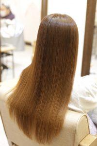 髪質改善ストレート(縮毛矯正)をかけた後の状態|松戸・金町・亀有の髪質改善専門店オーファ