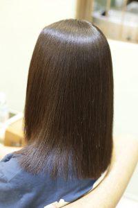 髪質改善・高難易度縮毛矯正をかけた後の状態|松戸・金町・亀有・綾瀬の髪質改善専門店オーファ