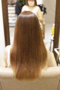 髪質改善ストレートエステ(縮毛矯正)+カラーをした後の状態 松戸・金町・亀有の髪質改善専門店オーファ