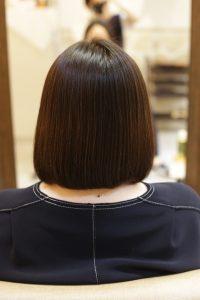 髪質改善ストレートエステ(縮毛矯正)を施術した後の状態|松戸・金町・亀有の髪質改善専門店オーファ